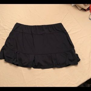 Black Tail brand tennis skirt size XXL.